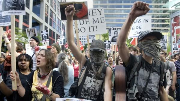 Toronto_protest_B_48201artw
