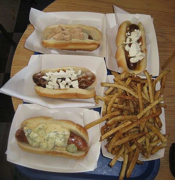 Hot_Doug's_Chicago_-_dogs_and_fries
