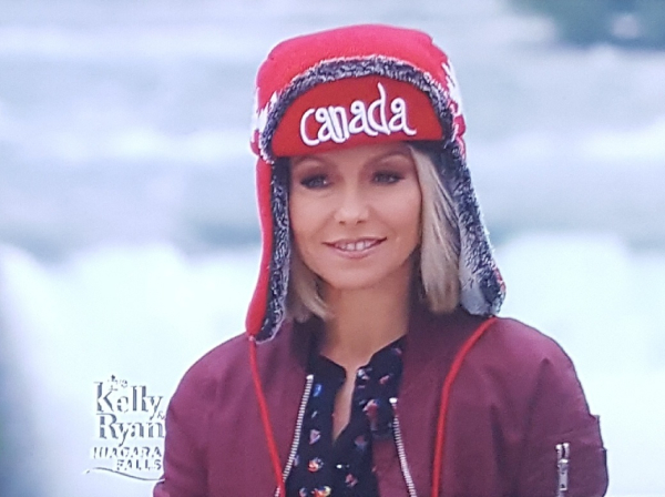 Kelly ryan hat