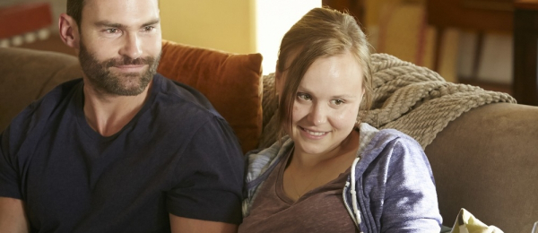Goon-Last-Of-The-Enforcers-Seann-William-Scott-Alison-Pill-1000x520