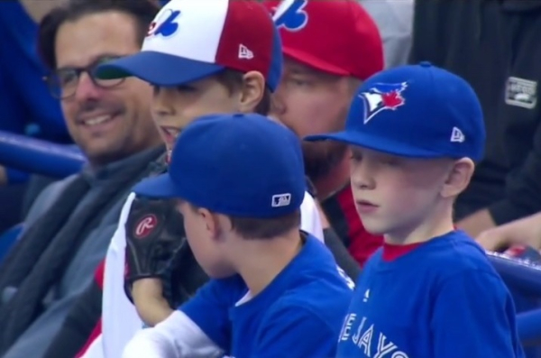 2019-expos-fans-2